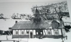 Alte Schule, rechte Teil später Dreschschuppen